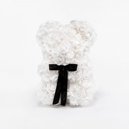 Little Ours en roses blanches